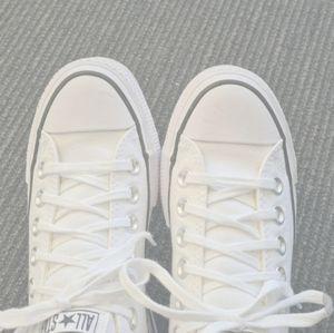 Converse size 5w platform low top white